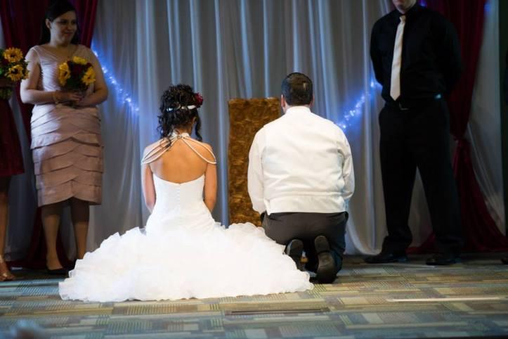 kneelingwedding